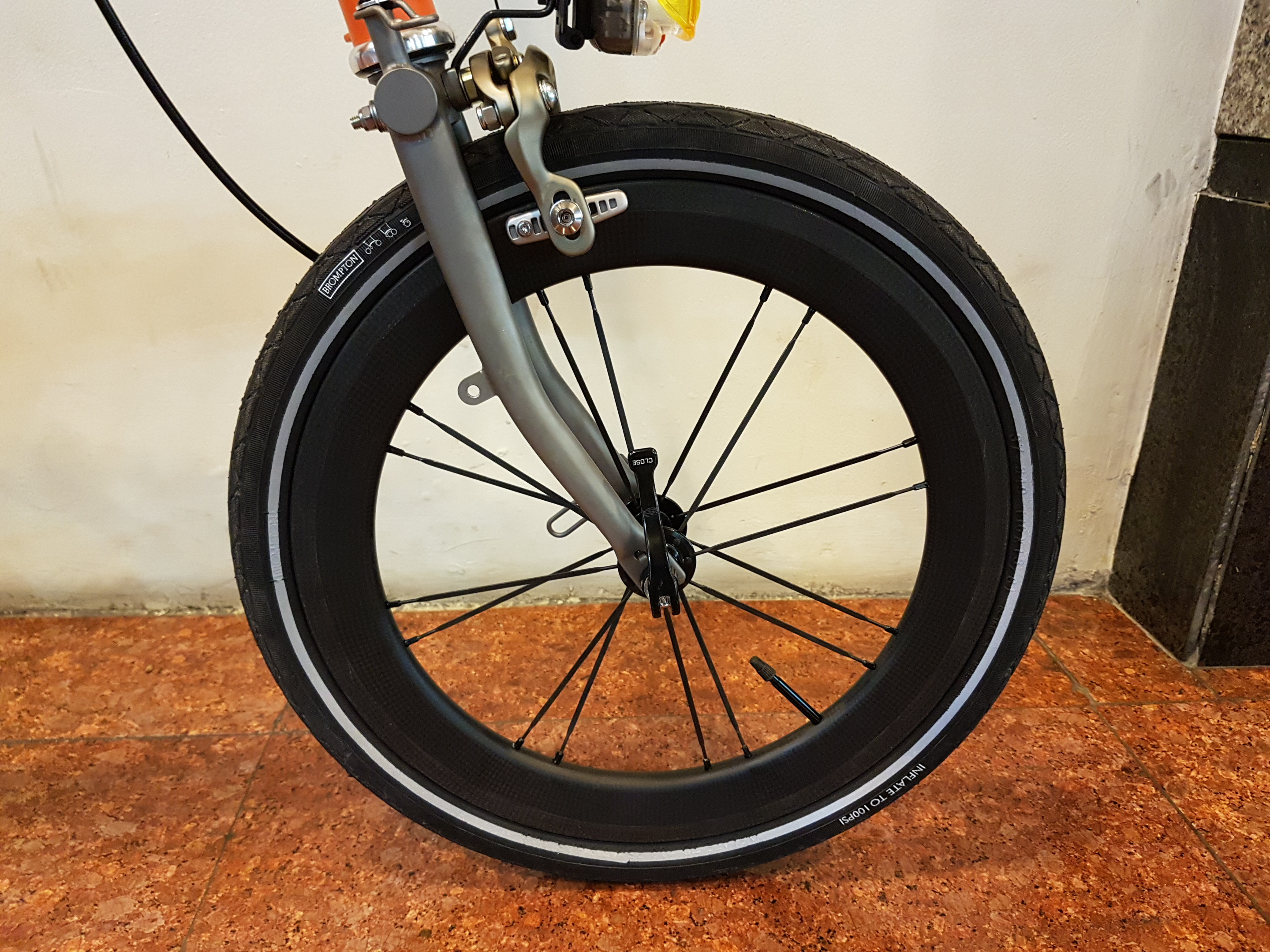 SMC Carbon Wheel
